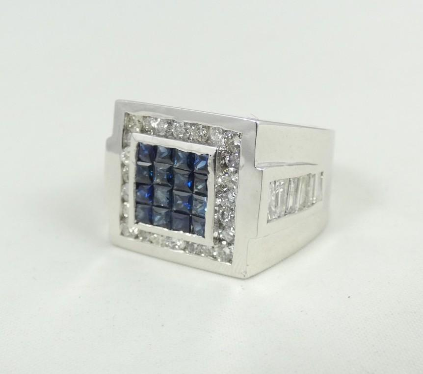 GENTLEMEN'S CUSTOM MADE RING