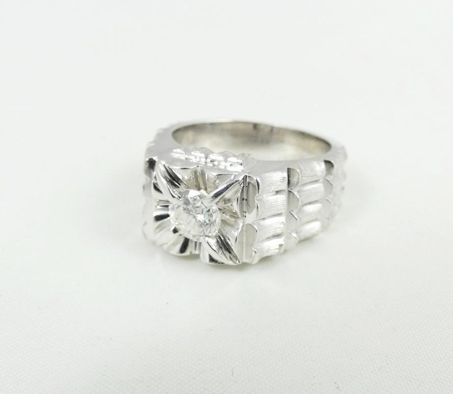 GENTLEMEN'S DIAMOND RING
