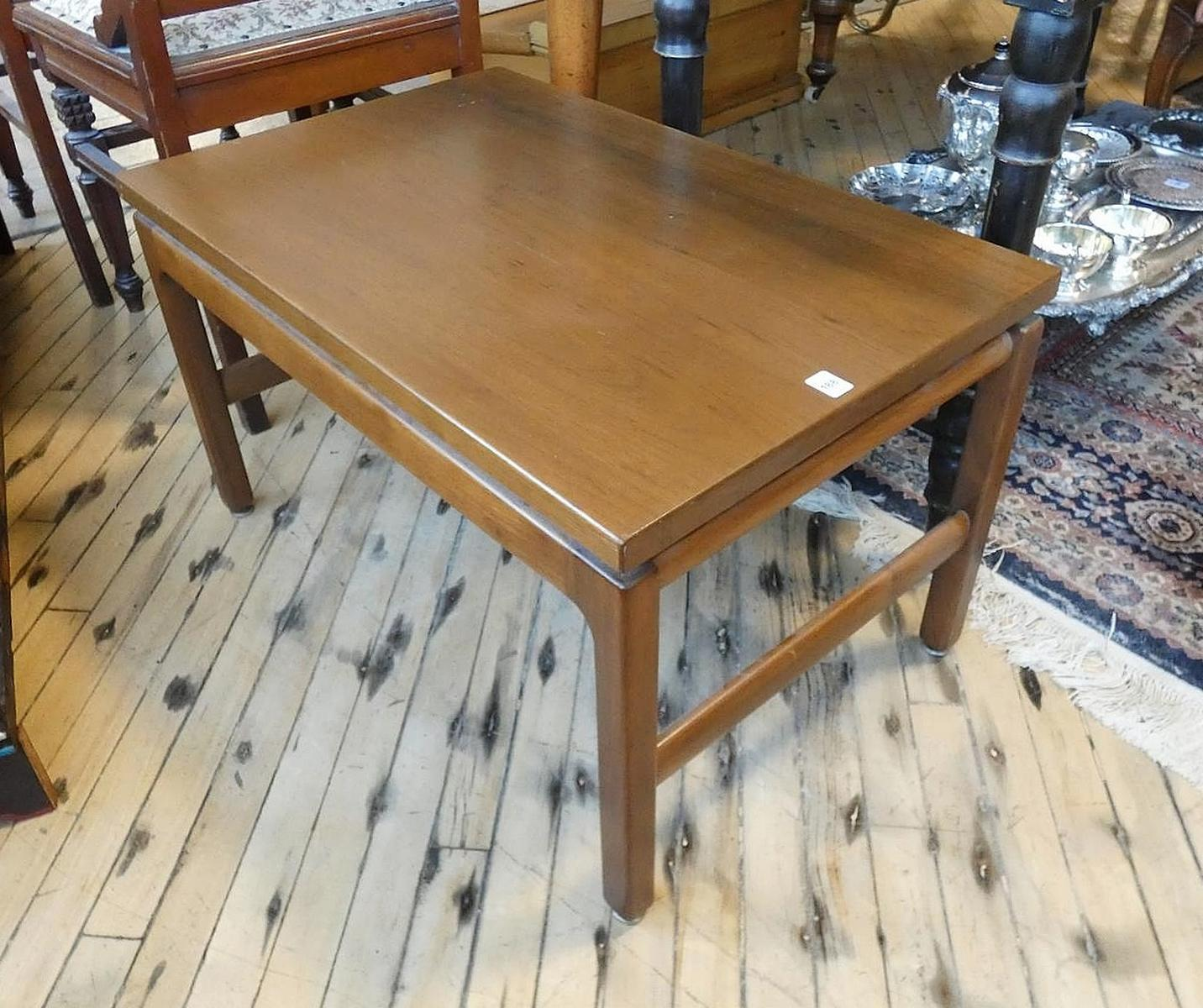 KRUG SIDE TABLE