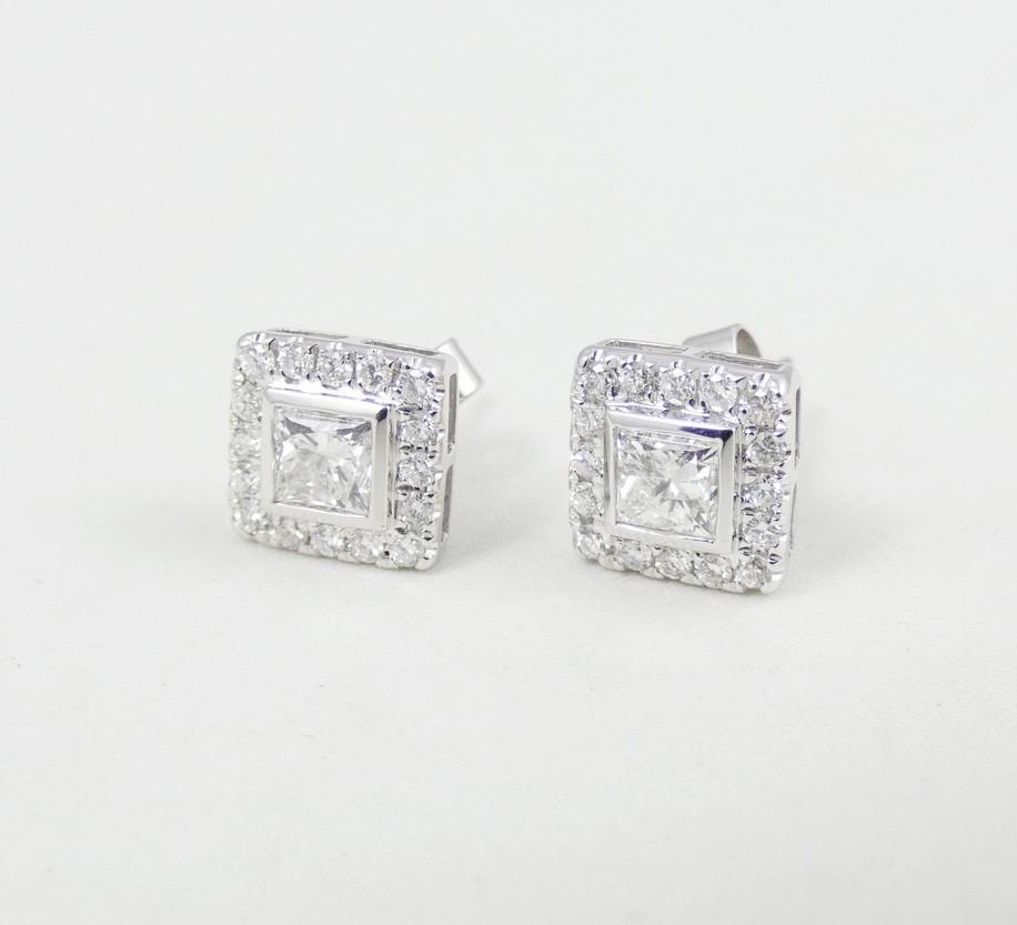 PAIR DIAMOND EARRINGS