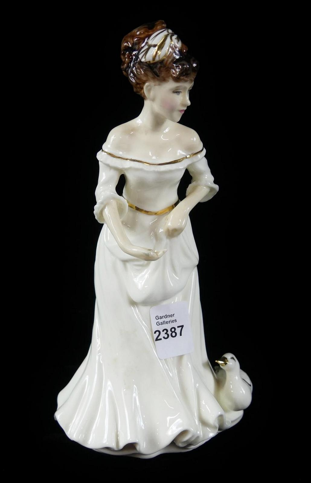 "DOULTON ""COUNTRY GIRL"""
