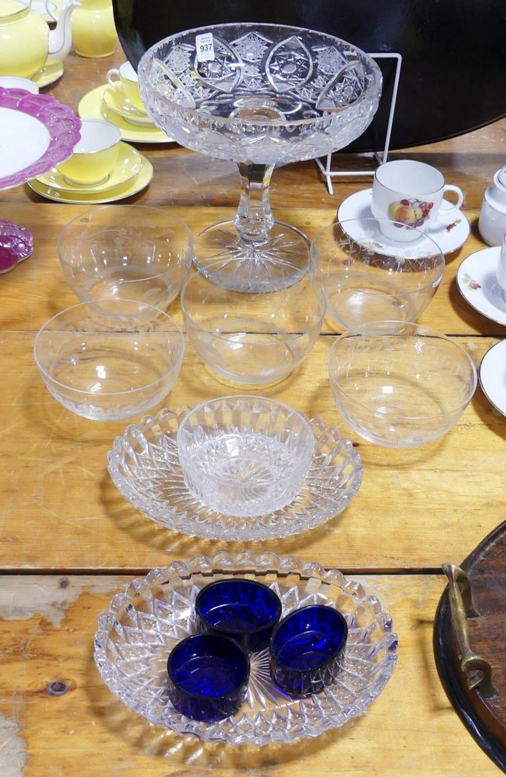 GLASS BOWLS AND CRYSTAL COMPOTE