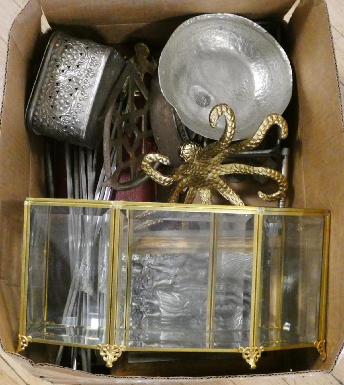 BOX LOT OF METAL WARE