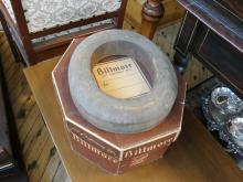 BILTMORE HAT, STAND AND BOX