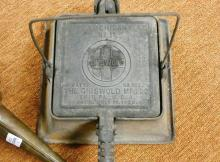 CARRIAGE LAMPS, COOKER