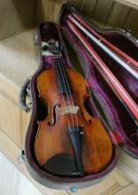ANTIQUE VIOLIN WITH BOWS AND CASE