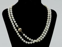 """""""HEN AND ROOSTER"""" TAPESTRY RUG"""